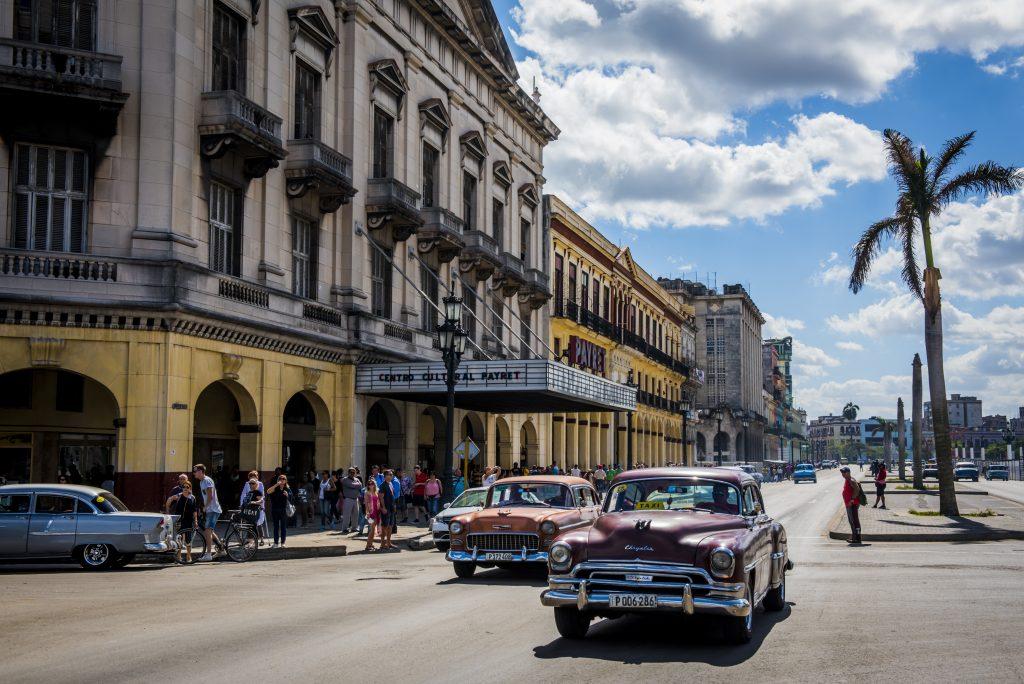 Downtown Havana ©Caleb Krivoshey